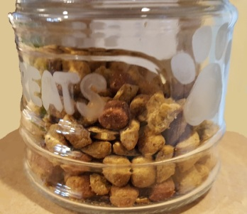 Cat treats jar